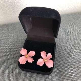 Brand new pink flower floral stud earrings summer