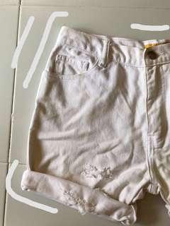 white denim hws / high waist shorts