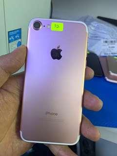iPhone 7 32gb Rose gold ll set ( not recon )