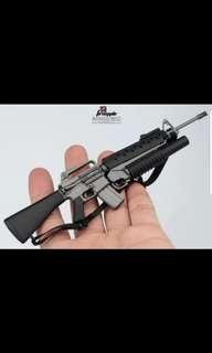 1/6 scale M16 rifle with M203 grenade launcher