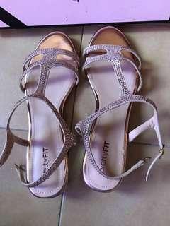 5f9b66785f8 pretty fit sandals