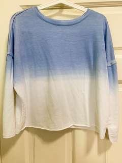 Blue ombre pullover