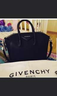 Givenchy medium antigona black silver hardware