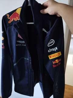 🚚 Jacket