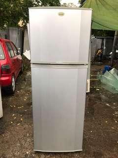 Samsung refrigerator 2 door 276 litre