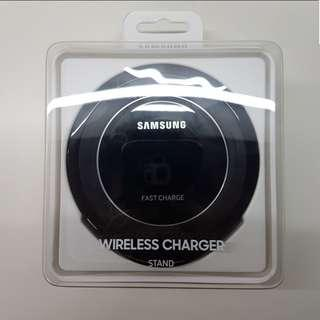 Brand New Sealed Samsung Wireless Charger Stand EP-NG930
