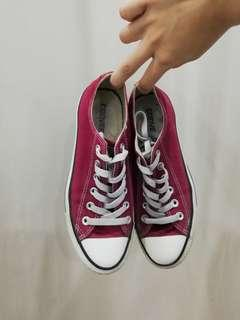 Converse Sneakers Seriously Original