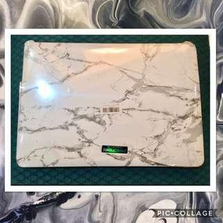 MacBook Air 13 Inches Cover (White/Marble)