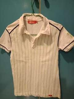 Preloved Kickers T shirt