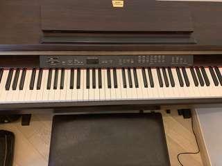 Yamaha 電子琴 clp120