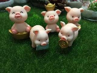 Terrarium Figurines Golden piggy