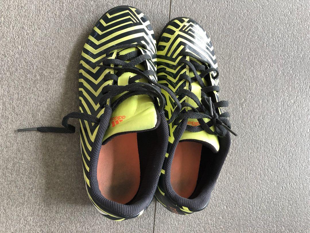 3c8586b1e Adidas children Soccer shoe 70%new Size US5.5, Babies & Kids, Boys ...