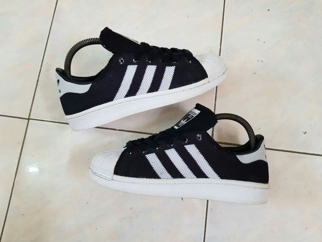 check out 530a5 282e3 Adidas Superstar Primeknit, Women s Fashion, Shoes on Carousell