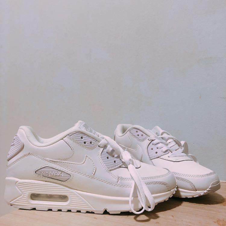 check out 37578 debd4 BNIB NIKE AIR MAX 90 PREMIUM – WHITE   SILVER, Women s Fashion, Shoes,  Sneakers on Carousell