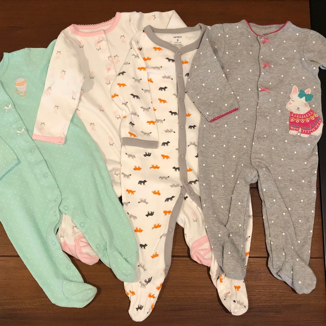5a49fa7951d1 Carters 9 months onesies pajamas frogsuits pack of 4
