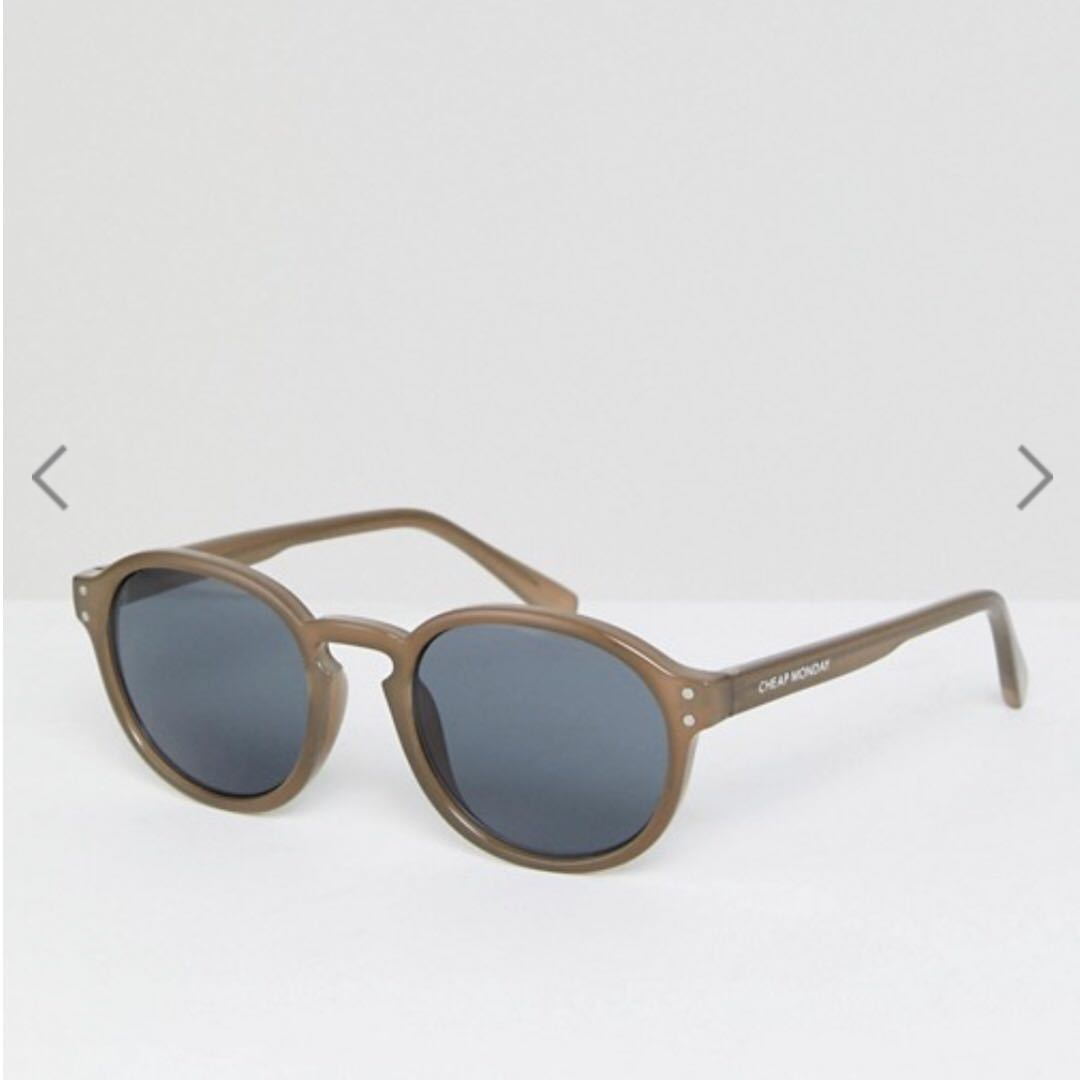 1af37aadc0304 Cheap Monday Retro Round Sunglasses