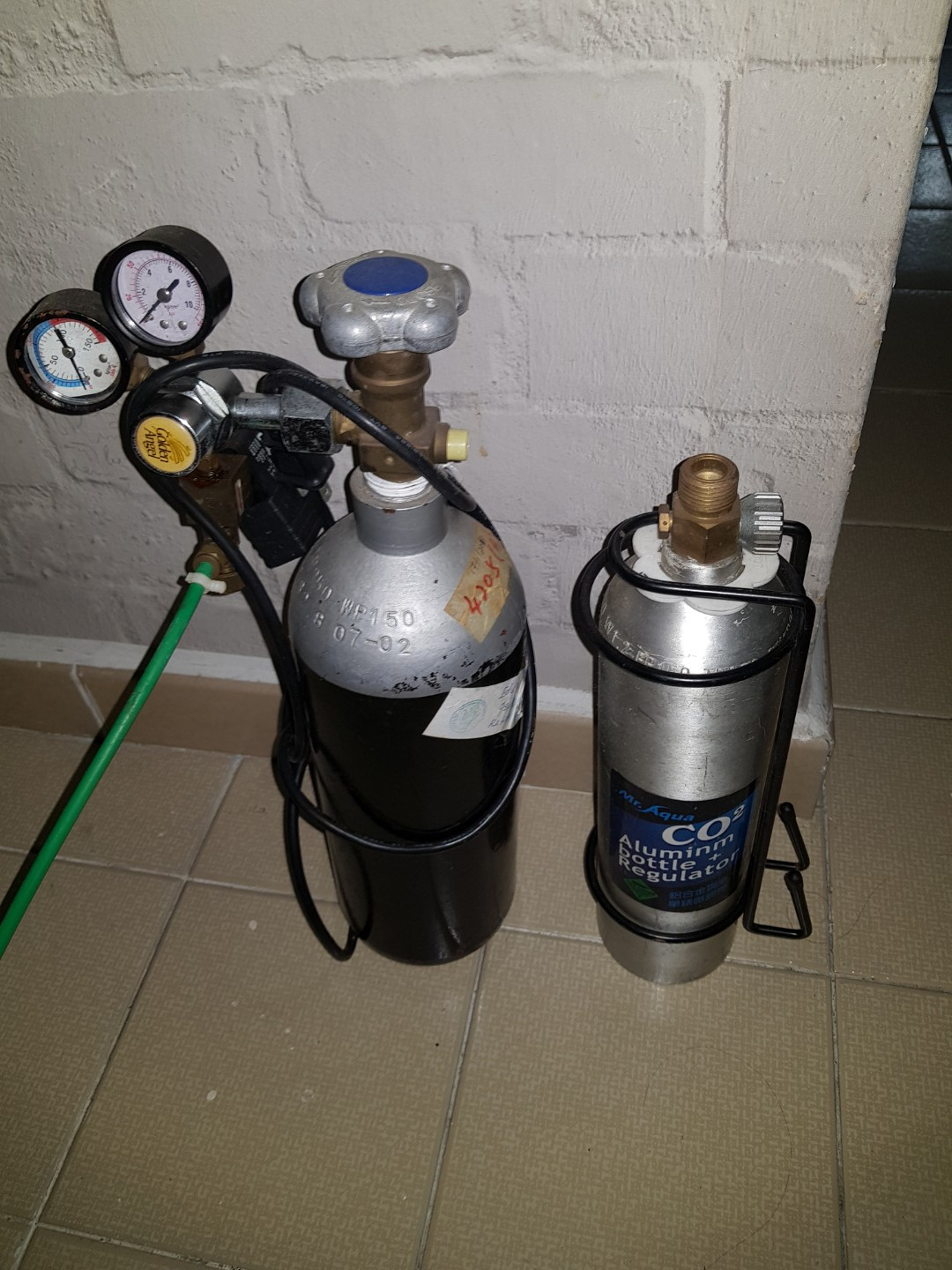Co2 tank with solenoid for sale