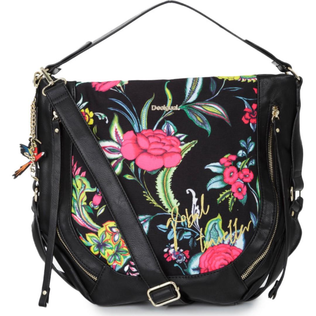 72ff5d6b8d5 Desigual Marteta Cancun Hobo Bag, Fesyen Wanita, Beg dan Beg Duit di ...