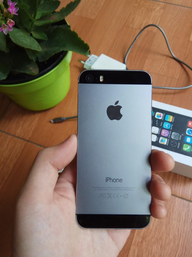 Iphone 5S Grey 64GB (Ada Minus)