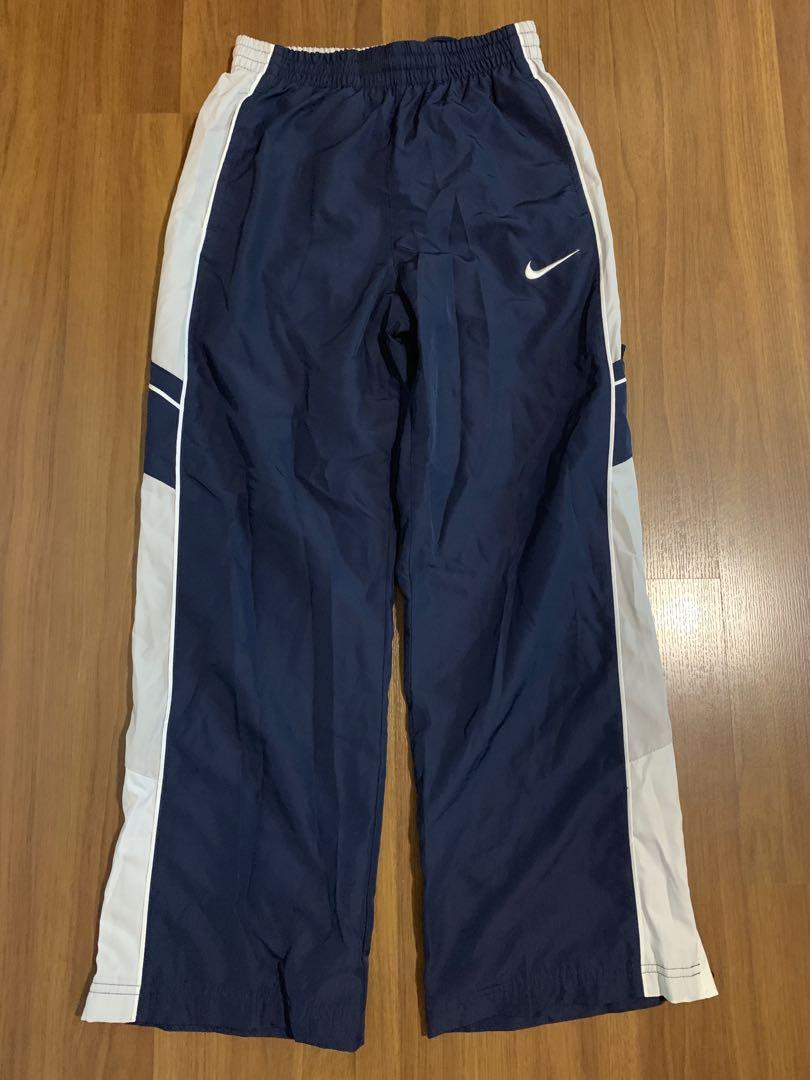 BNWT BOYS NIKE TRACK BOTTOMS SIZE 26 WAIST LARGE BOY