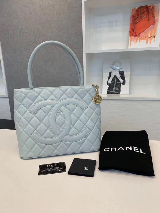 ab41acb9bc7d not available now] Vintage Chanel Bag Handbag, Women's Fashion, Bags ...