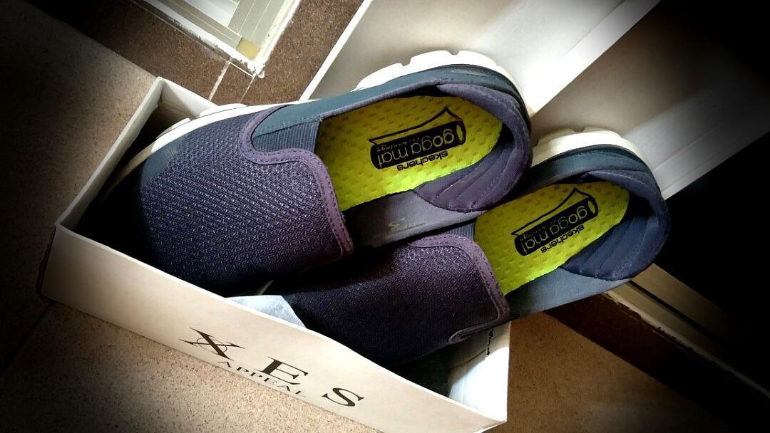 compartir Raza humana Mono  Skechers shoes : goga mat technology., Men's Fashion, Footwear, Sneakers on  Carousell