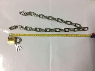 超粗金屬鎖鍊與大鎖