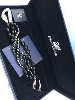 Swarovski diamanté twisted bangle