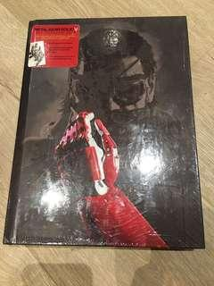 Metal Gear Solid V The Phantom Pain - The Complete Official Guide Collector's Edition