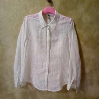 White Shirt LADYLIKE