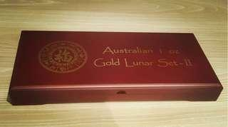 Perth Mint Series 2 presentation wooden box 1 oz gold coin (empty)