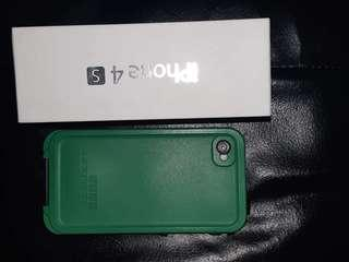 iPhone 4s 16gb w/Lifeproof case - Excellent condition. **Price is negotiable**