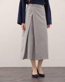 🚚 MeierQ 打褶設計長裙
