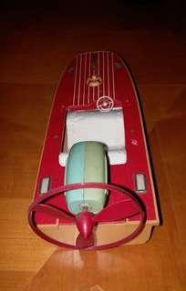 古董玩具快艇,可在水行,有摩打。