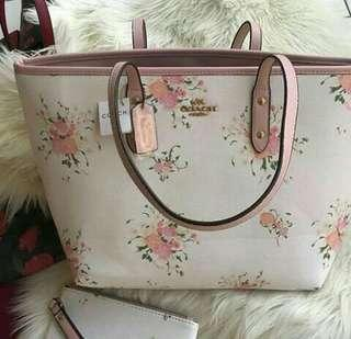 Coach tote flower
