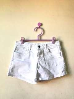 Cotton On Classic Mid-Waist Shorts (White)