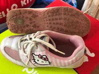 Hello Kitty ladies golf shoes size US7