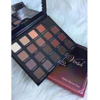 MATTE ABOUT YOU Violet Voss Eye Shadow Palette