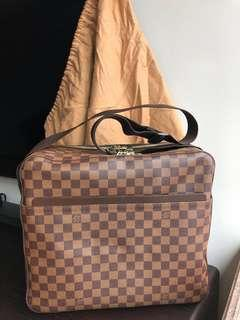 Louis Vuitton LV bag NEW
