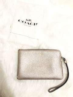 COACH small wristlet gold