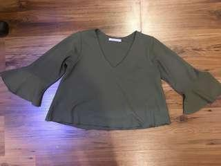 Army green 3/4 sleeves top