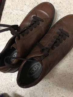 TOD'S MEN BROWN LEATHER SHOE