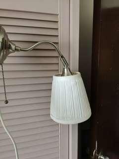 Ikea lamp壁燈床頭燈小夜燈,連燈泡