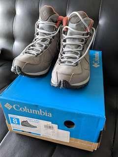 Columbia Hiking trekking boots for wemen