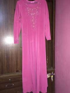 Jubah pink