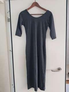 Dark grey slit dresd