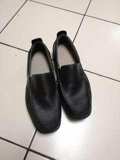 Hush Puppies Black Loafers US 9.5
