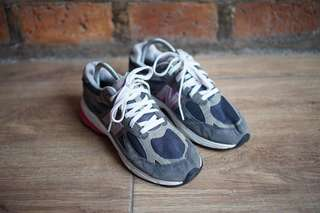 New Balance 990 Women from Mr shoes Bogor  3ae1f7ca2b