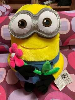Minion with flower