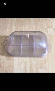 CLEARANCE SALES {Kitchen Appliances} Pre-owned Crystal Look Plastic 6 Parts Rectangle Serving Tray Come With Cover